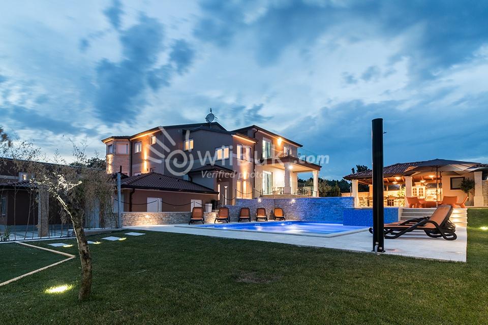 wiibuk vermietung von villen mit pool in istrien kroatien. Black Bedroom Furniture Sets. Home Design Ideas